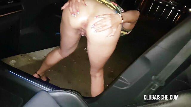 Porno caliente sin registro  PUTA LOCURA Linda amateu latino adolescente amateur quiere hacer un video porno profesional