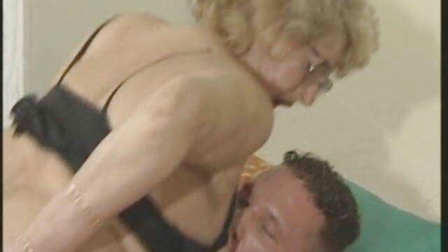 Porno caliente sin registro  Esposa y chico delante amateur xxx latino del marido