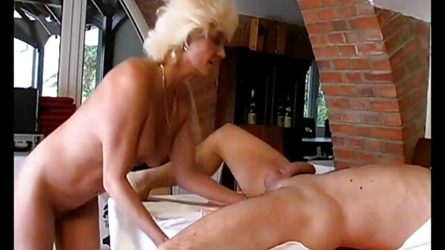 Porno caliente sin registro  Hermosa asiática follada por sexo latino amateur el culo y doble penetración