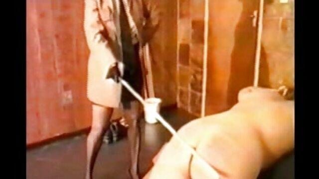 Porno caliente sin registro  a ella porno amateu latino le gusta soplar 9