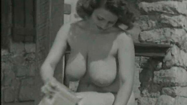 Porno caliente sin registro  Hardcore anal A la mierda para joven adolescente pornolatinoamateur en su apretado culo
