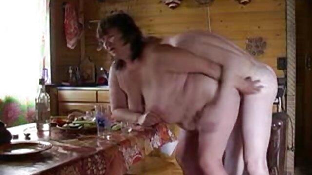Porno caliente sin registro  Hailey recibiendo la gran amateur porn latino polla de Jim en su coño