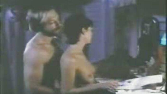 Porno caliente sin registro  Vida lésbica amateur latino videos en una prisión de Estados Unidos pt 2