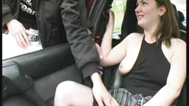 Porno caliente sin registro  Perra tetona spunk besándose con chico con porno mateur latino polla rígida