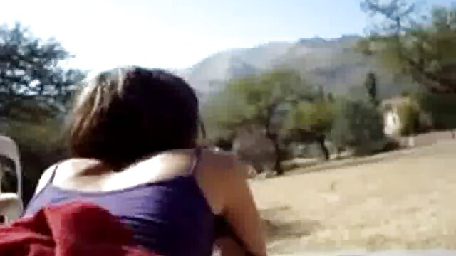 Porno caliente sin registro  Gordita pelirroja amateur latino vip al aire libre 3 trío