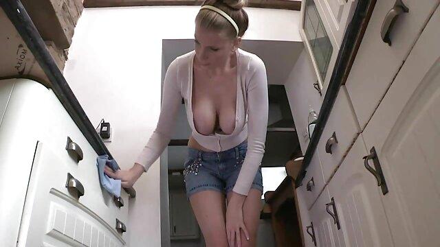 Porno caliente sin registro  Belleza de chocolate se da la vuelta y desliza los dedos dentro de videos sexo amateur latino su caja húmeda