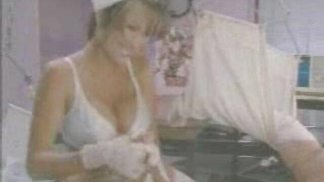 Porno caliente sin registro  Árabe flaca recibe semen en sus pies sexo amateur latino