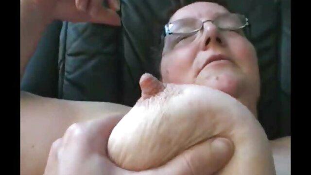 Porno caliente sin registro  Simony Diamond juega con juguetes anales con chicas calientes amatur latino