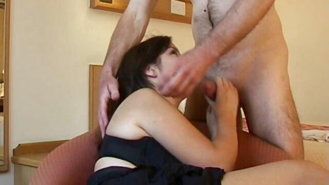 Porno caliente sin registro  Novia porno ameteur latino latina desnuda jugando con su coño mojado en la cámara