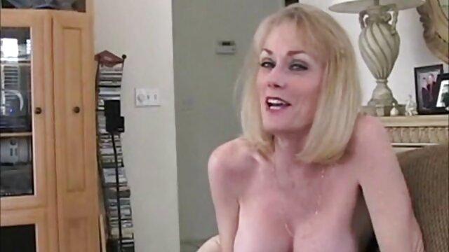 Porno caliente sin registro  No ayudando a amateurlatinas su hermano N15