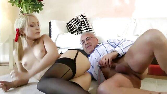 Porno caliente sin registro  Caliente milf consolador en porno amateir latino cama bvr