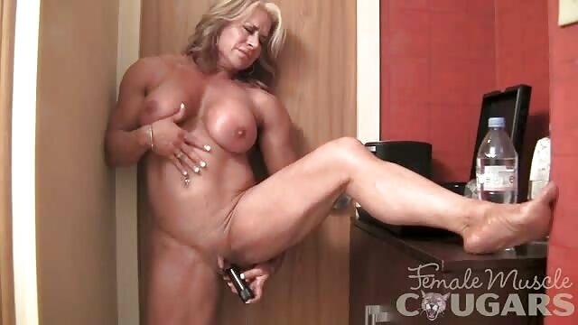 Porno caliente sin registro  Vestidor mamada amateur porn latino