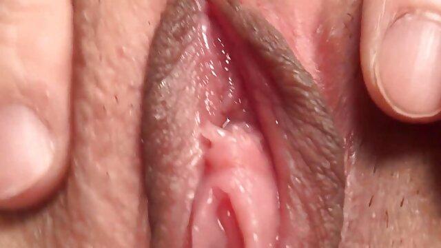 Porno caliente sin registro  Madura cachonda porno amatrur latino no puede esperar más