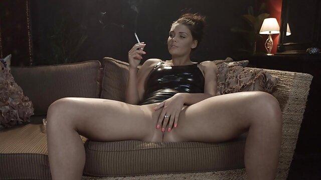 Porno gratis sin registro  Hottie masturbar potno amateur latino en thr uins