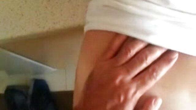 Porno caliente sin registro  Puta amateut latino tetona follada en trío con DP