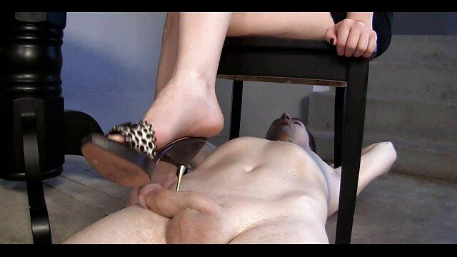 Porno caliente sin registro  prueba anal amateut latino para rubia brasileña