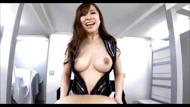 Porno caliente sin registro  Abuela pornolatinoamateur gorda taladrada por su coño peludo