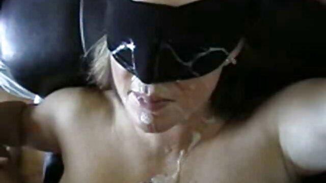 Porno caliente sin registro  Rubia milf garganta profunda una gran polla amateut latino negra