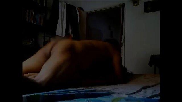 Porno caliente sin registro  Chicas glamcore euro pelean porni amateur latino por tio y luego comparten su polla