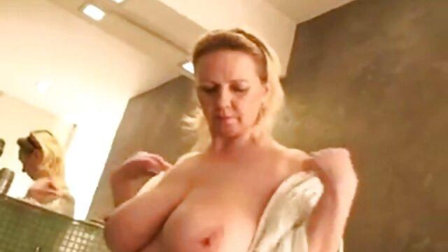 Porno caliente sin registro  nena tetona pprno amateur latino divertirse