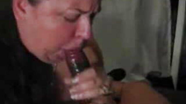 Porno caliente sin registro  Chica caliente se masturba porno amateir latino hasta el orgasmo