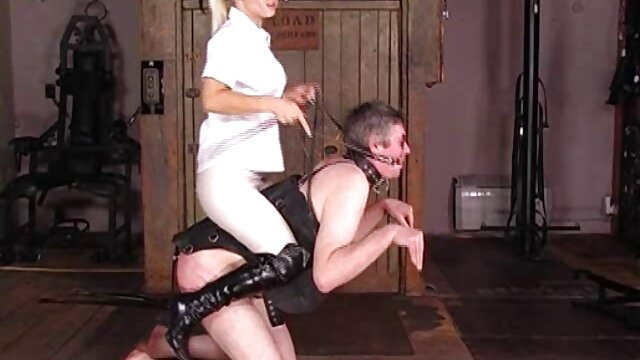 Porno caliente sin registro  Un amateur latino casero coño necesita un masaje
