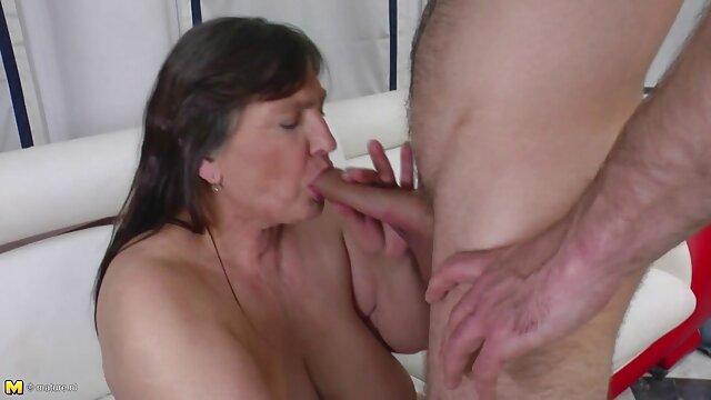 Porno caliente sin registro  Katja Kassin disfruta del sexo anal videos latinos amateur