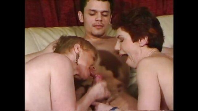Porno caliente sin registro  HAZUKI Shizuka en el techo videos xxx amateur latino 1of2