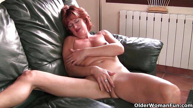 Porno caliente sin registro  Diversión amateur sexo latino anal con mi joven amigo colgado!