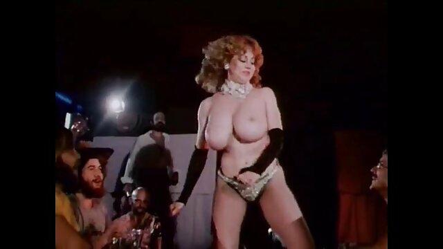 Porno caliente sin registro  Valentina Nappi dama latinoamateur italiana (nos encanta valentina nappi)