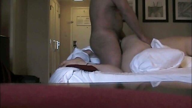 Porno caliente sin registro  Bonita morena porbo amateur latino se paga