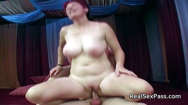 Porno caliente sin registro  Nubile Films - Clover y Bailey disfrutan del sexo matutino caliente amater latino