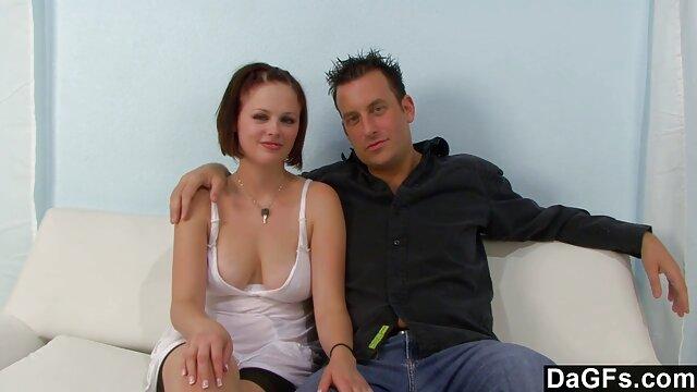 Porno caliente sin registro  Rubia cerca del fuego amateur latinos