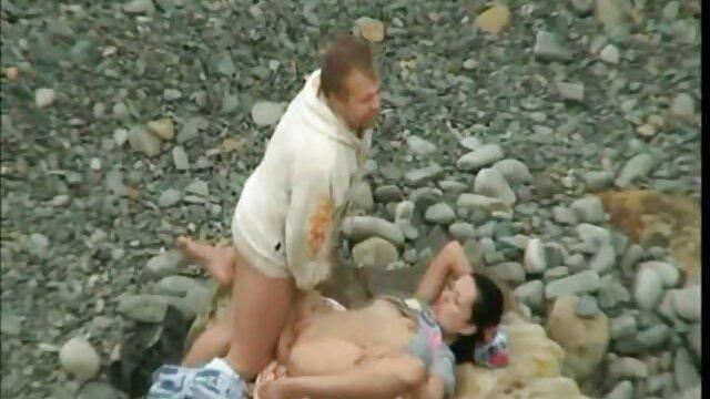 Porno caliente sin registro  Impresionante orgía de estrellas porno amateur xxx latino fuckfest